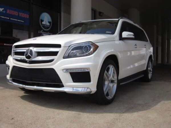 Mercedes Benz GL550